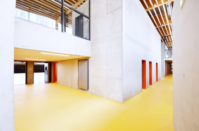 EPOWIT-Oberflaechen-Beton-Beschichtungen-Riedbergschule_Turnhalle